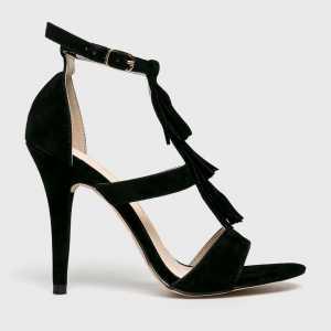 Answear Tűsarkú cipő női fekete